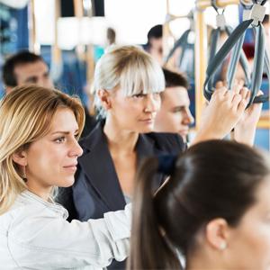Abbonamento ai mezzi pubblici: incentivi per dipendenti e datori di lavoro