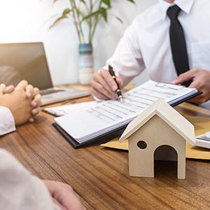 Donazione immobiliare, come funziona?