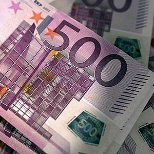 Reddito di Cittadinanza, scende a 500 euro